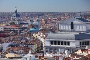 Madrid. Panorámica parcial con el Teatro Real y la Catedral de